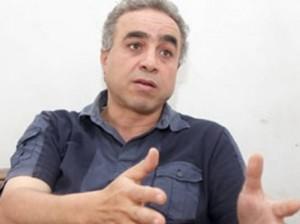 الكاتب كرم صابر
